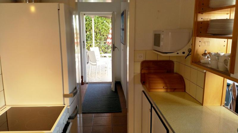 Küche & Balkon